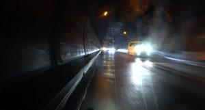 真っ暗な天城トンネルを抜けると・・・