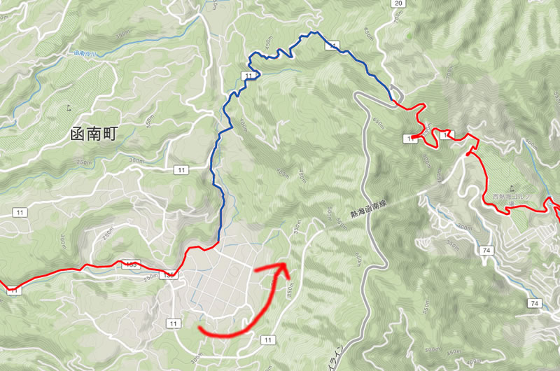 青いルートが走りやすいほうの県道11号線