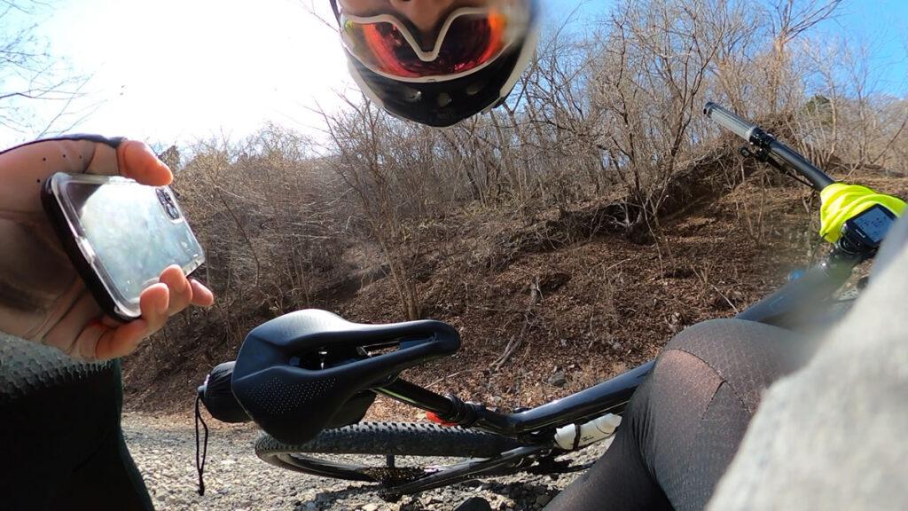 マウンテンバイクで転ぶ回数多いなぁ。。。