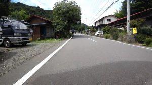 雛鶴峠へは住宅街を通るので、走行に注意