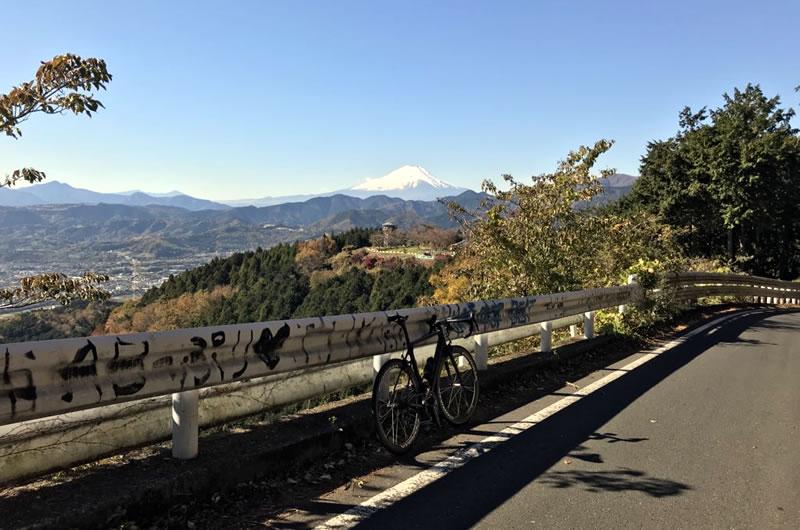 菜の花台からの富士山がきれい