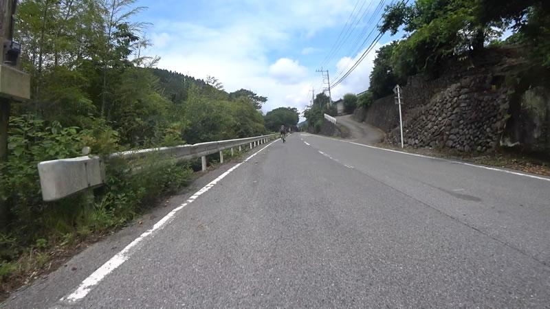 両神山の入り口・日向大谷までヒルクライム