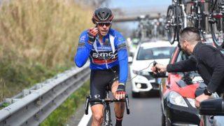Daniel Oss (BMC) gets a radio check (Tim de Waele/TDWSport.com)